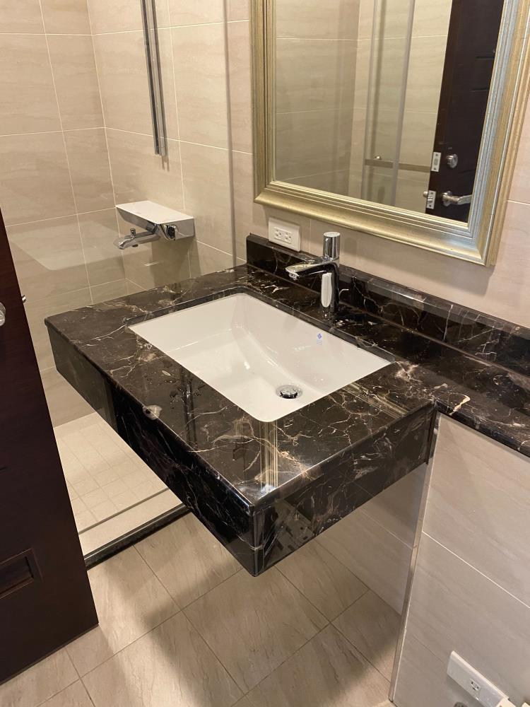 13-浴室檯面施工
