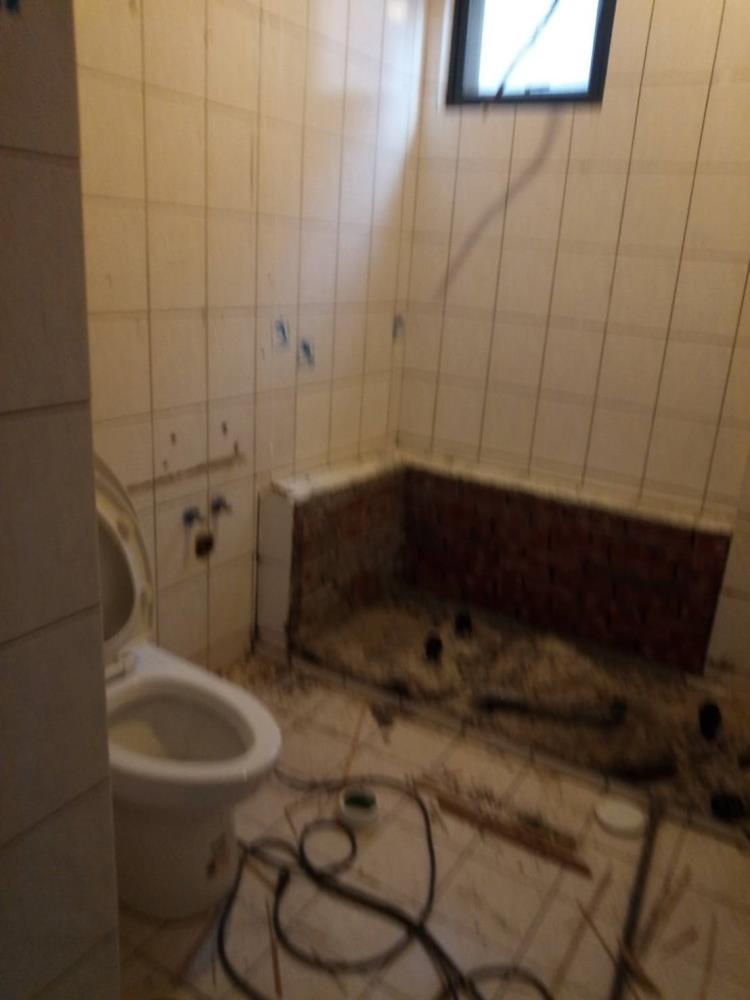 34-浴廁拆除工程