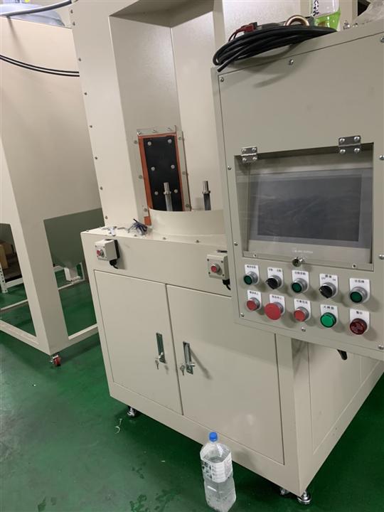 3- 四分割自動轉盤噴砂機(PLC自動控制系統)