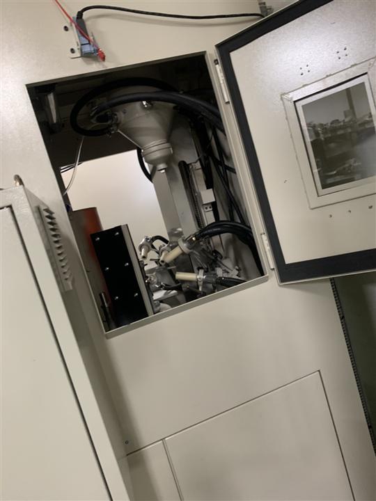 6- 四分割自動轉盤噴砂機(PLC自動控制系統)