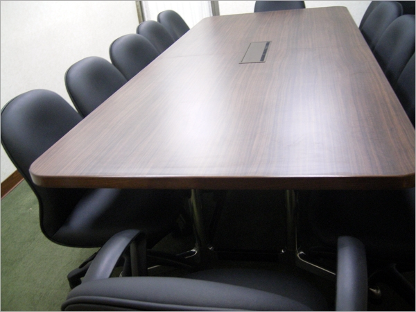 會議桌/TRUST