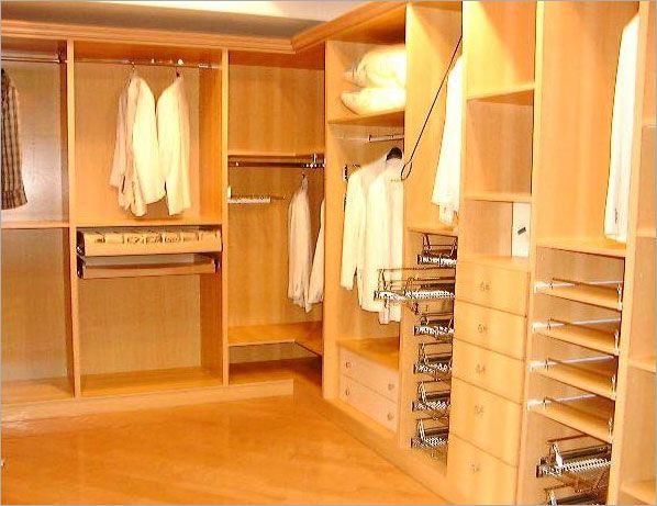 原木色更衣室柜