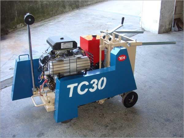 TCH TOKYOKU TC-30CHEA  自走/半自走式 兩用 道路切割機