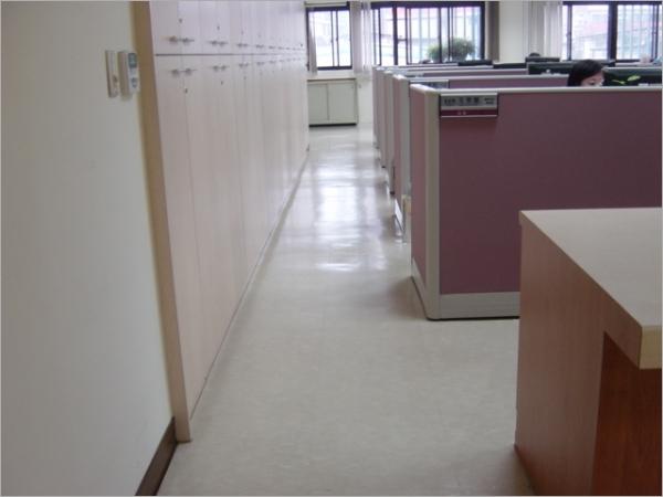 辦公室洗地打蠟