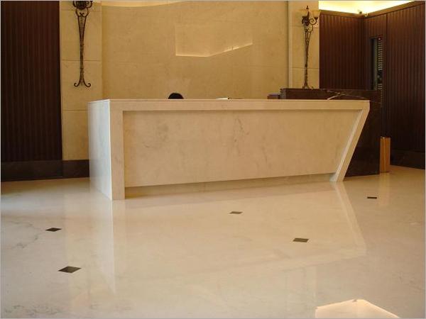 石材接待櫃檯、牆面、地板