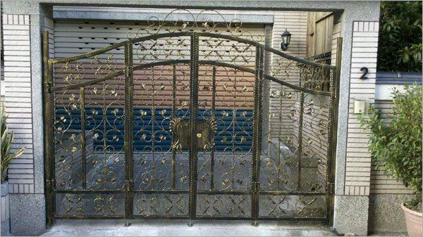 鍛造車庫大門