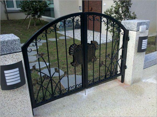 鍛造庭園小門