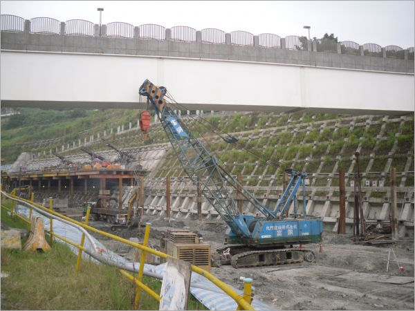 限高基樁施工