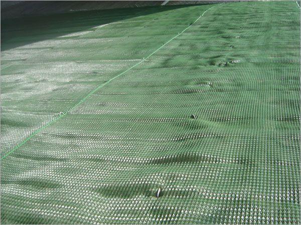 植生網掛網鋪設
