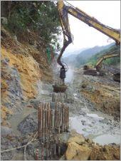 深坑80CM12米排樁施工