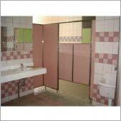 搗擺隔間工程、浴廁隔間