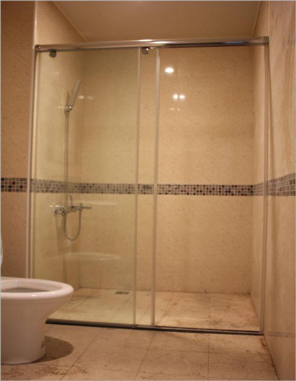 衛浴空間設計(無框 吊軌 一字橫拉)-11