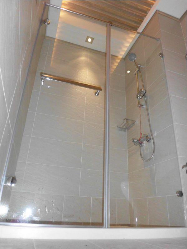 衛浴空間設計(無框 一字推拉)-23