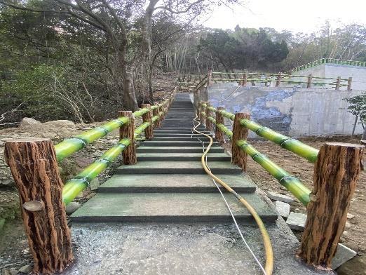 水泥仿木欄杆