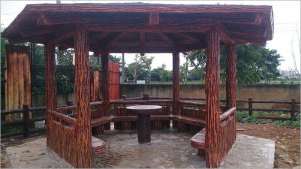 水泥仿竹木涼亭