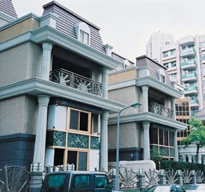 嘉泰營造∕華納花園別墅區工地