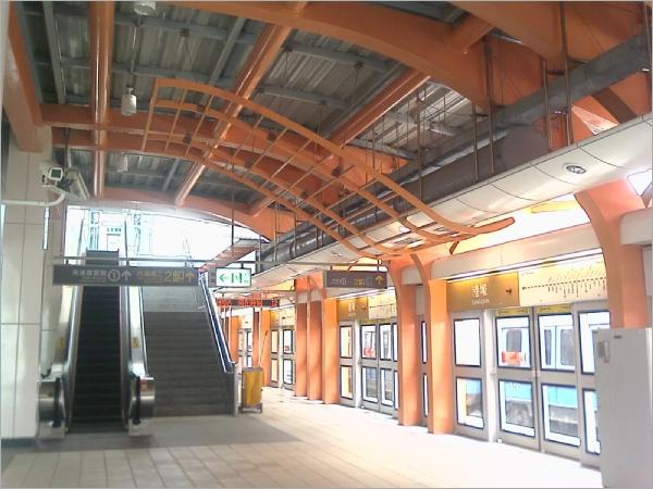 文湖線-港漧站