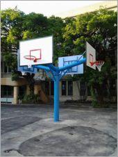四面型籃球架